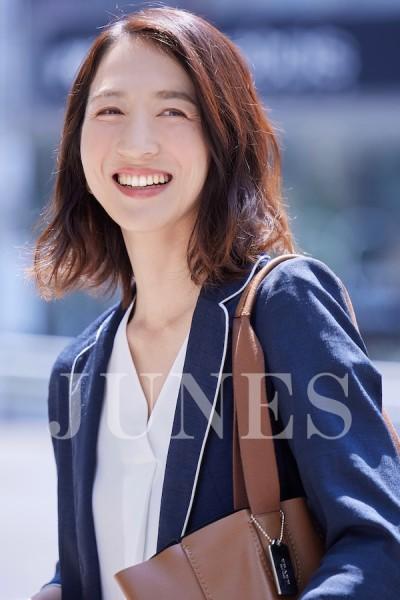 岡田 舞子